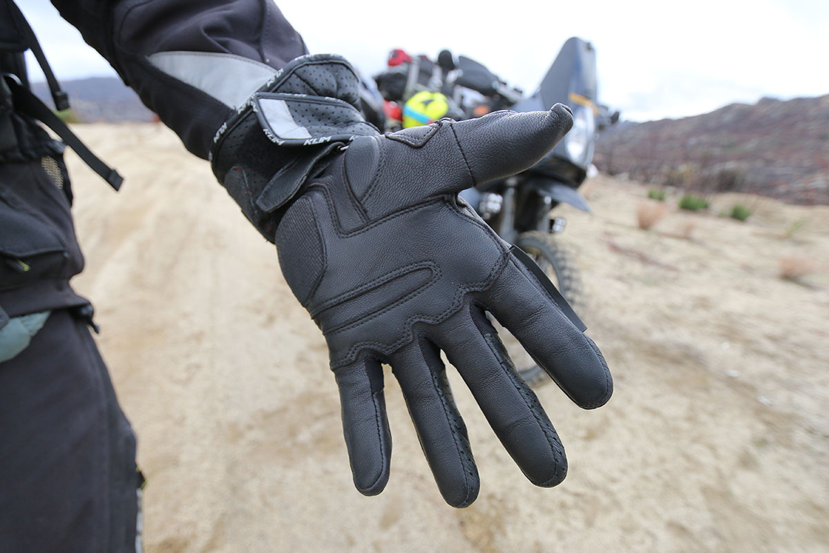 extreme glove spray